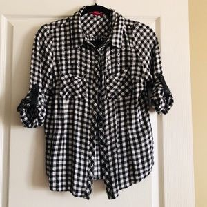 👚 San Francisco Trendy shirt with pearls details